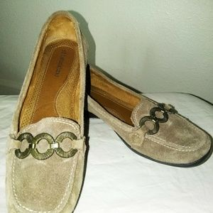 "Shoes - EUC Leather Naturalizer ""Casper"" Loafers"
